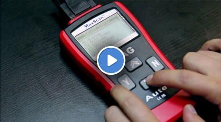 Видеообзор автосканера Autel VAG405